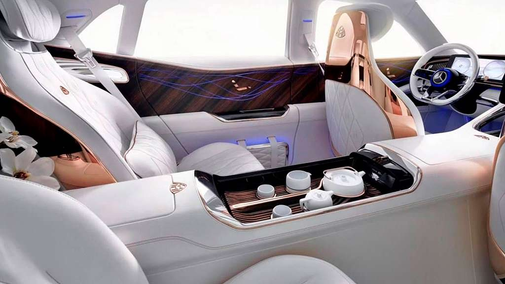 Чайный сервиз в салоне Vision Mercedes-Maybach Ultimate Luxury