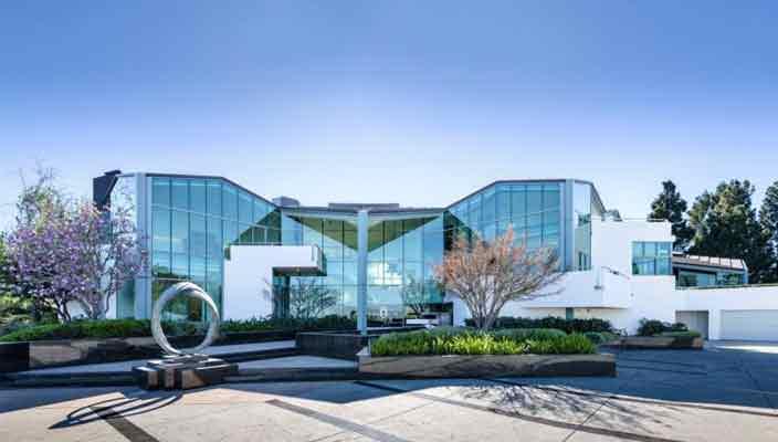 Рэпер Фаррелл Уильямс купил дом в Беверли-Хиллз | фото, цена