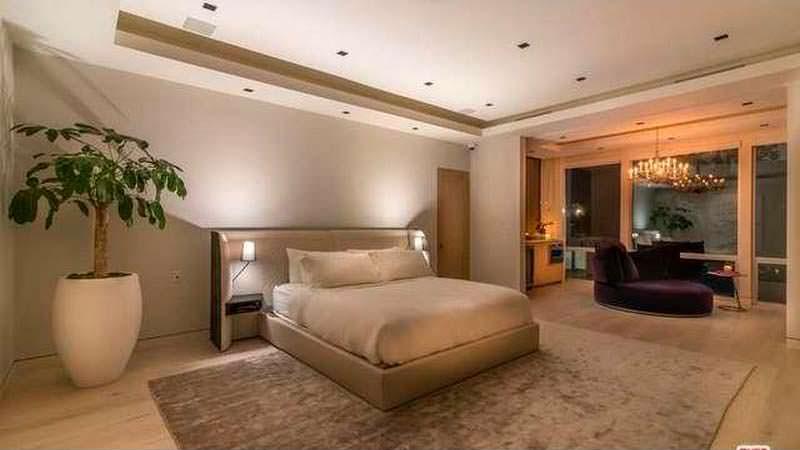Одна из четырех спален в доме