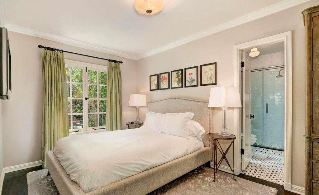 Спальня в доме Мелиссы Маккарти
