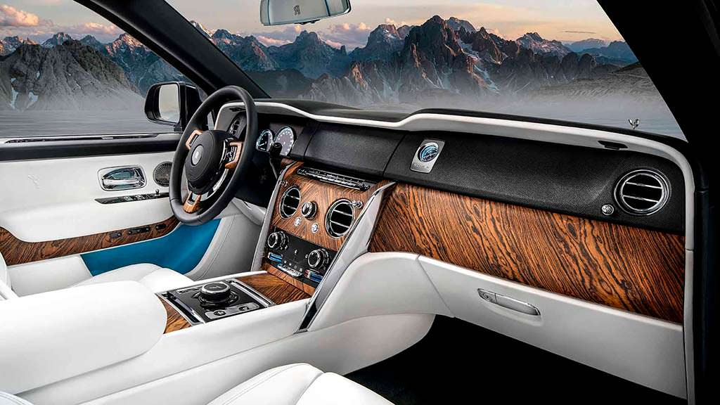 Интерьер Rolls-Royce Cullinan