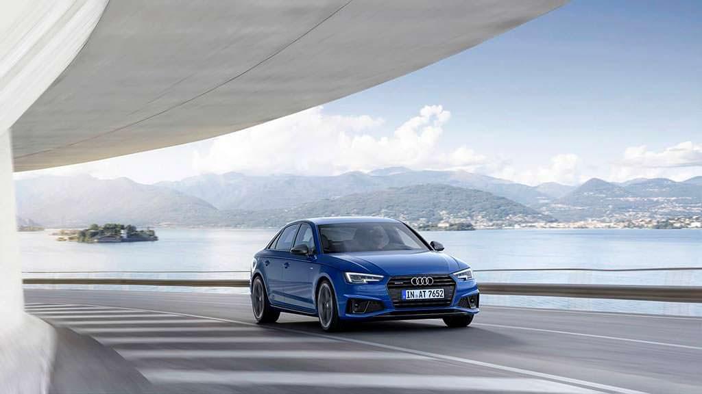 Седан Audi A4 B9 2019