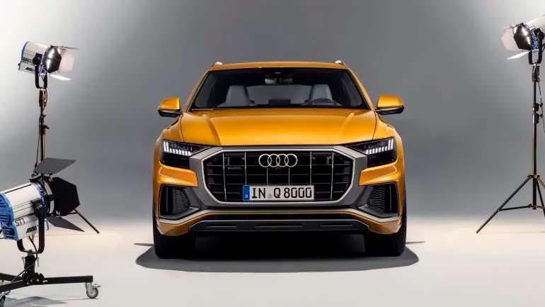 Купе-кроссовер Audi Q8