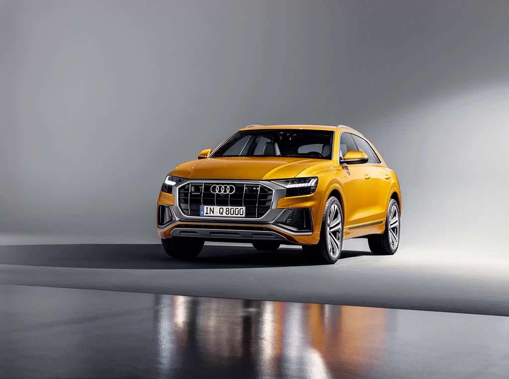 Серийная Audi Q8