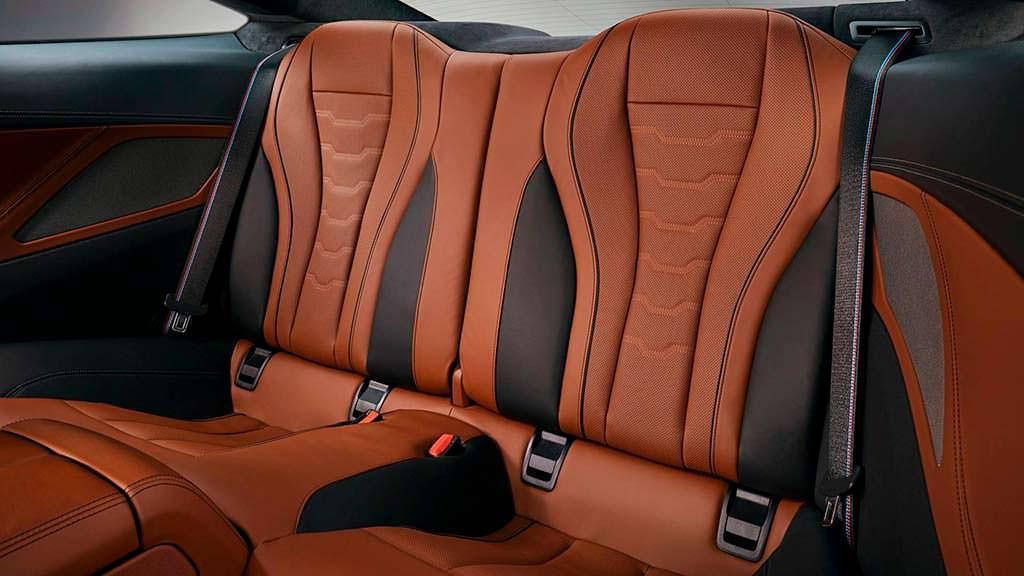 Задние сиденья BMW 8-Series
