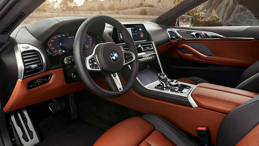 Фото салона BMW 8-Series нового поколения