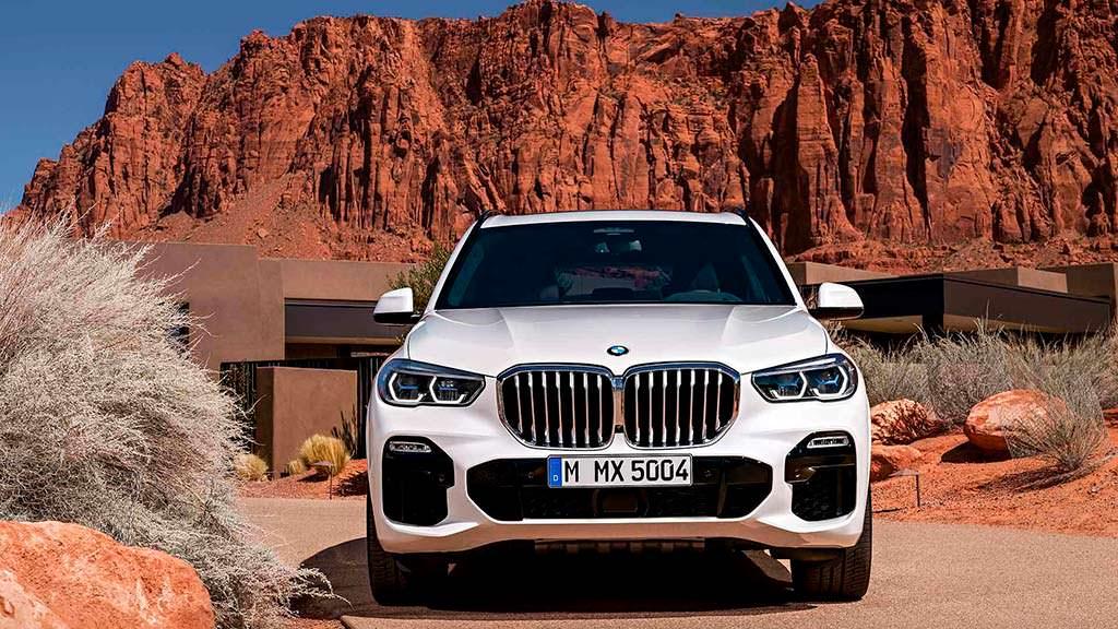 Внедорожник BMW X5 четвертого поколения