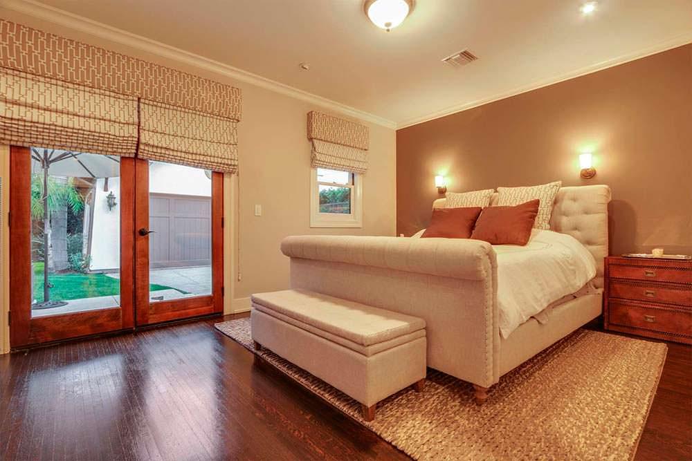 Гостевая спальня в доме актера