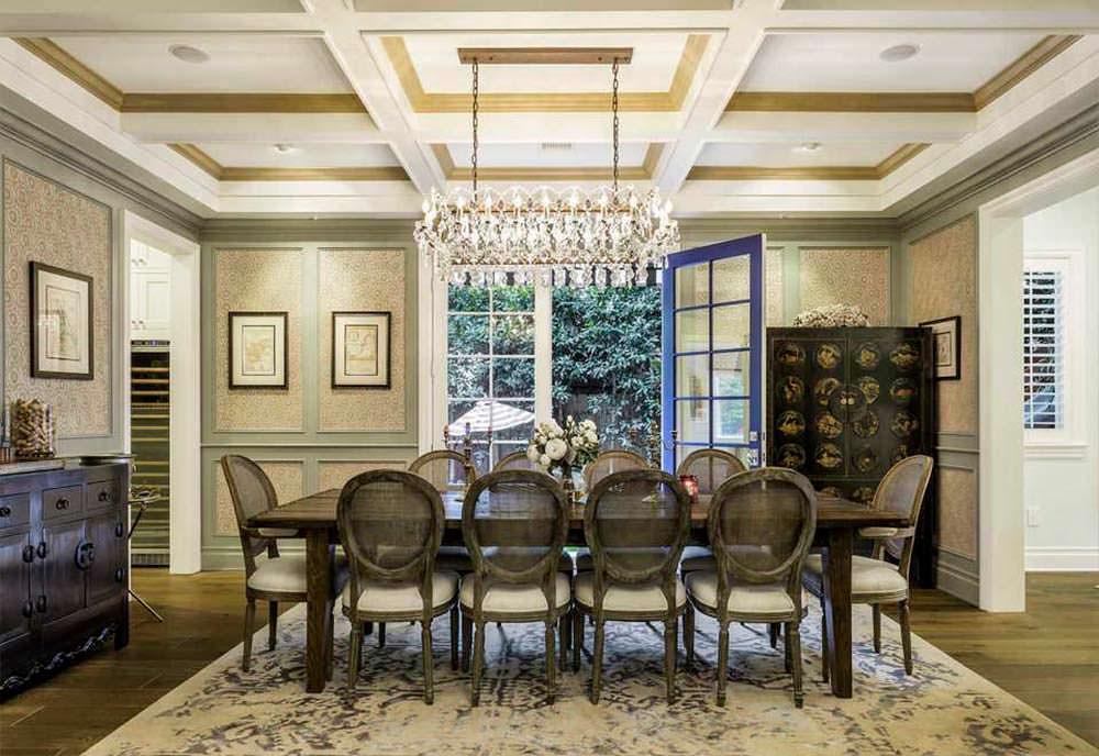 Красивый дизайн столовой в доме знаменитости