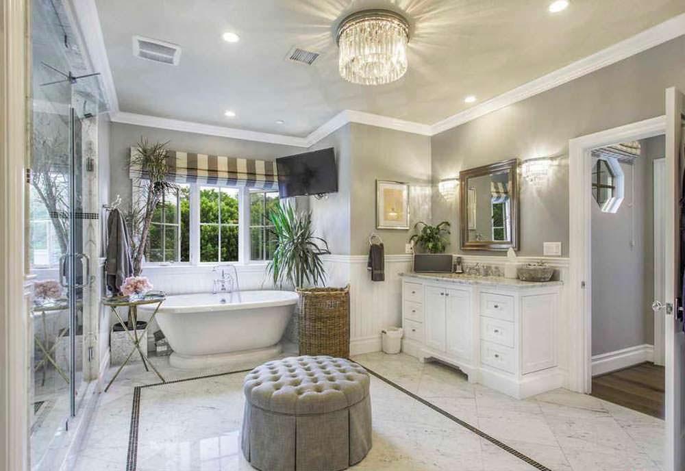 Натуральный мрамор в дизайне ванной комнаты