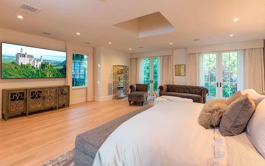 Дизайн спальни в доме Мадонны