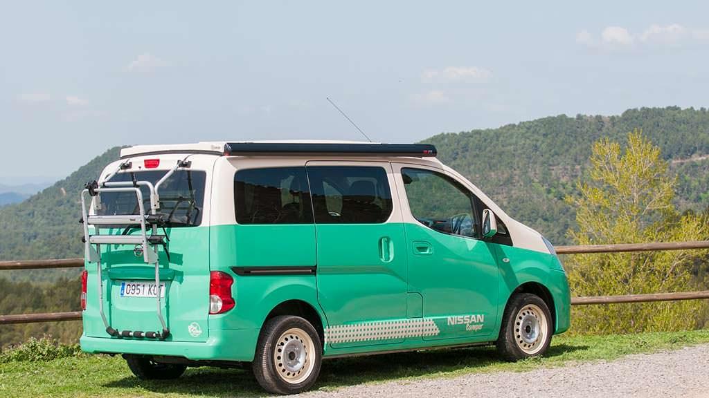 Дом на колесах Nissan e-NV200 Camper