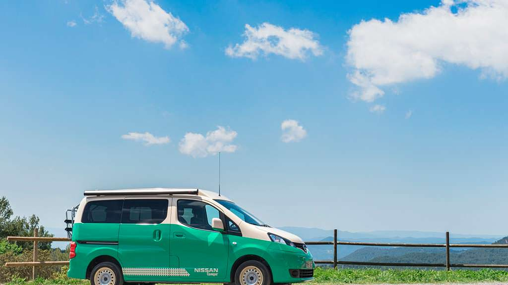 Электро дом на колесах Nissan e-NV200 Camper
