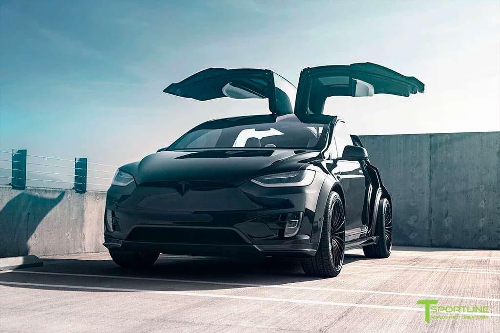 Черная Tesla Model X T Largo от T Sportline