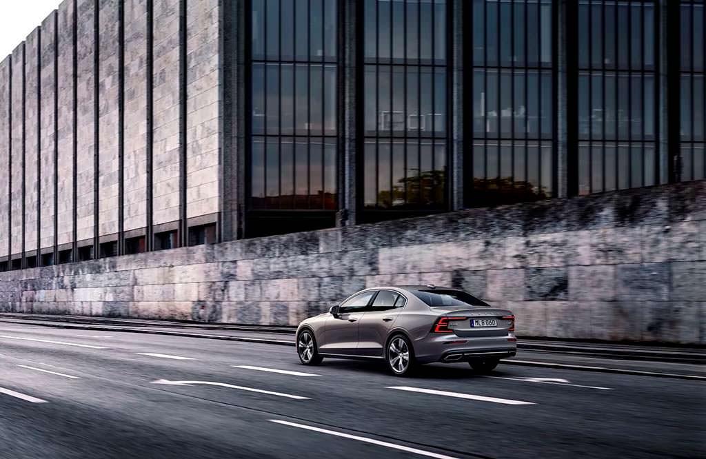 Новая Volvo S60