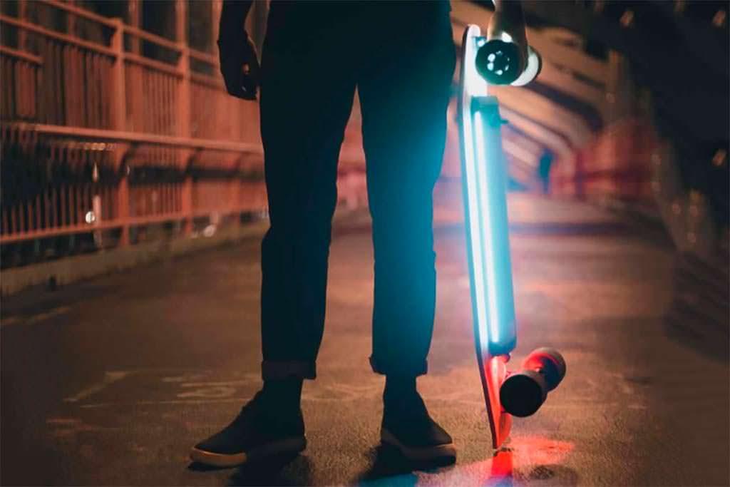 Умный электро-скейтборд от Xiaomi