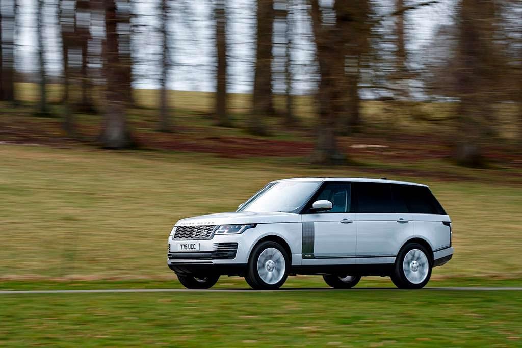 Представительский внедорожник Range Rover 2019