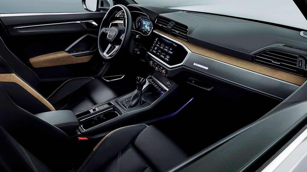 Фото внутри Audi Q3 2019