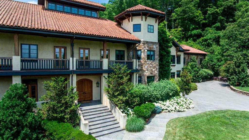Дом с 25 комнатами культуриста Джея Катлера