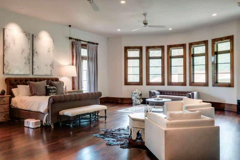 Спальня в доме Джея Катлера