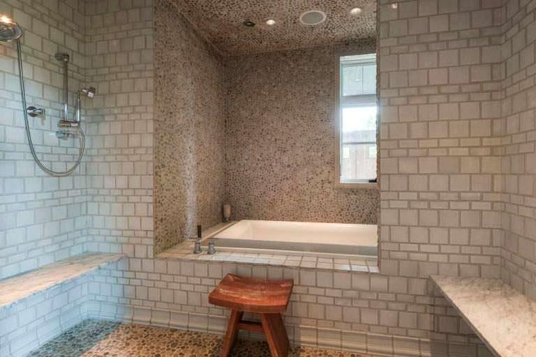 Спа-ванная в доме