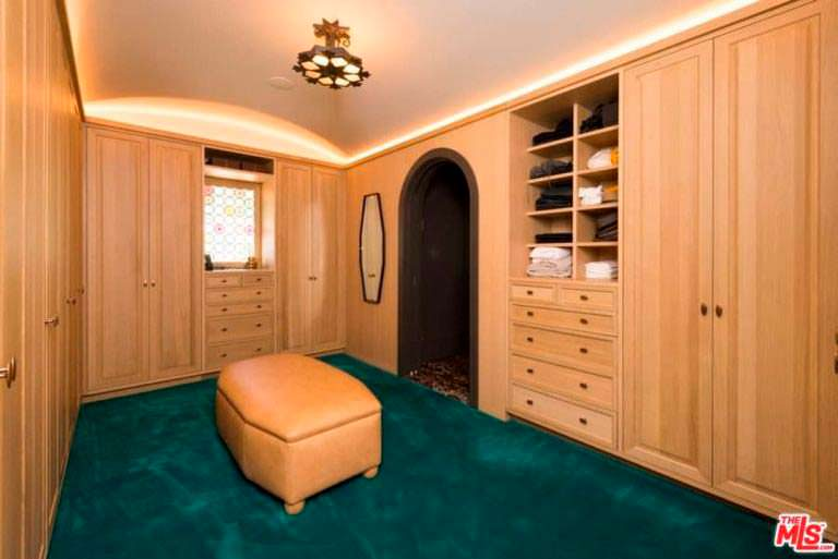 Домашний гардероб Джима Парсонса