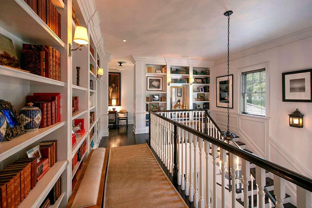 Книжные полки в дизайне интерьера