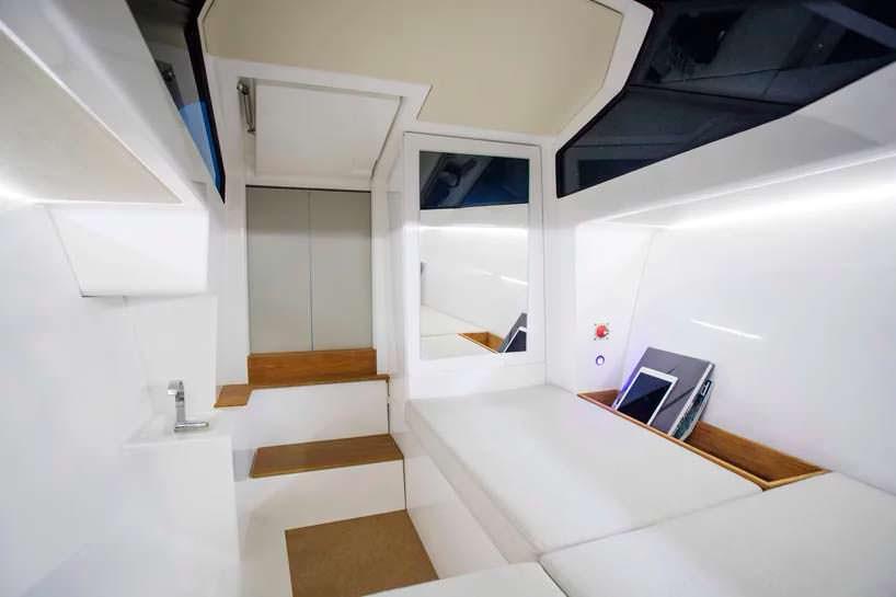 Каюта электро-катера Q-yachts Q30