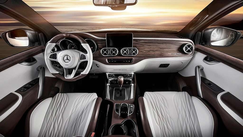 Фото салона Mercedes-Benz X-Class от Carlex Design
