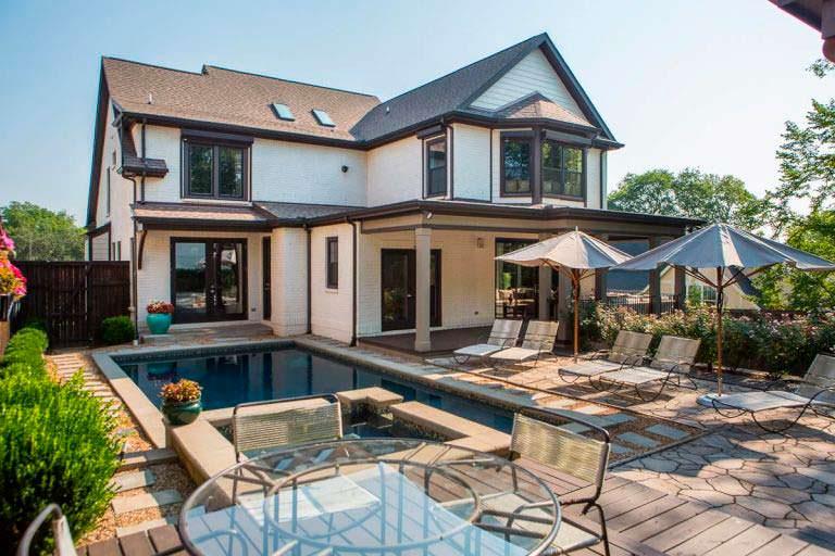 Дом с бассейном в Нашвилле у Владимира Кличко