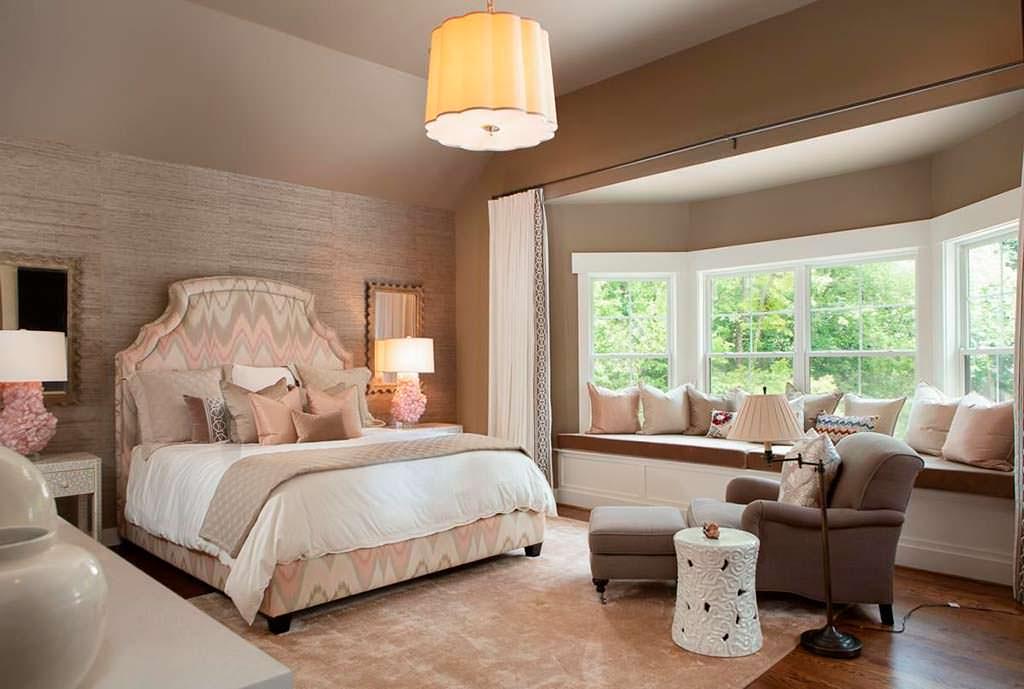 Одна из четырех спален в доме знаменитостей