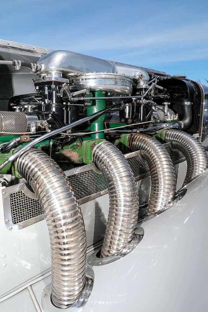 Двигатель Duesenberg SSJ мощностью 400 л.с.