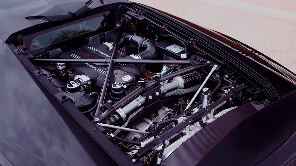 Двигатель Lamborghini Centenario 6,5-литра V12