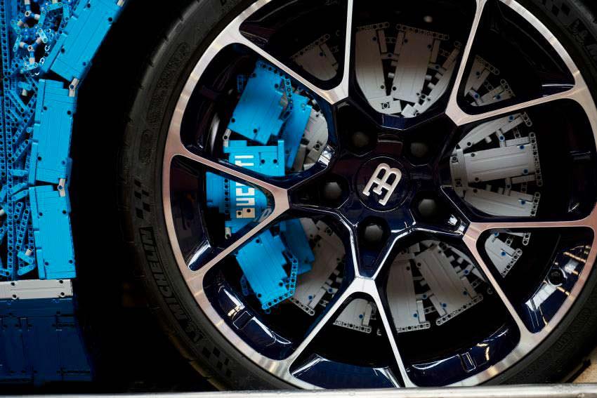 Легкосплавные колеса и тормоза LEGO Bugatti Chiron