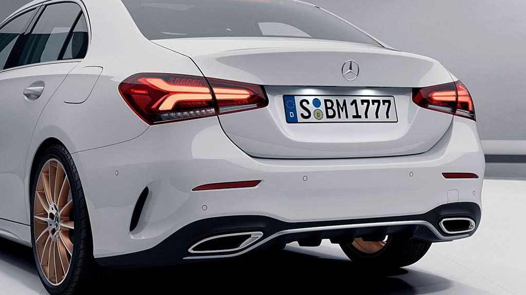 Новый Mercedes A-Class Sedan Edition 1