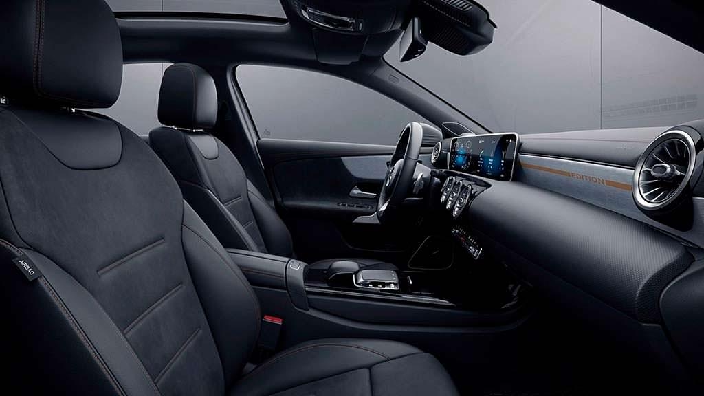 Фото салона Mercedes A-Class Sedan Edition 1