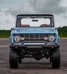 Рестомод Ford Bronco 1973 г. от Velocity Restorations | фото