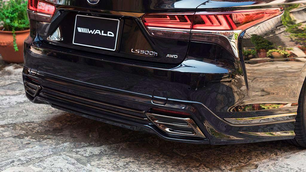 Выхлопные наконечники Lexus LS от WALD International
