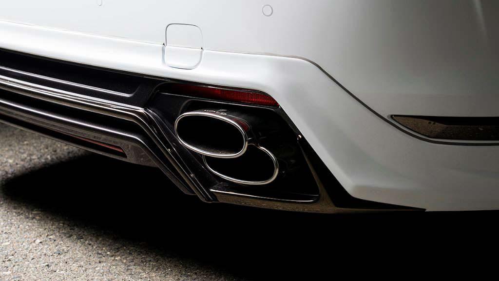 Сдвоенные выхлопные трубы Lexus LS от WALD International