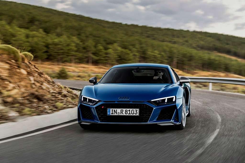 Новое купе Audi R8