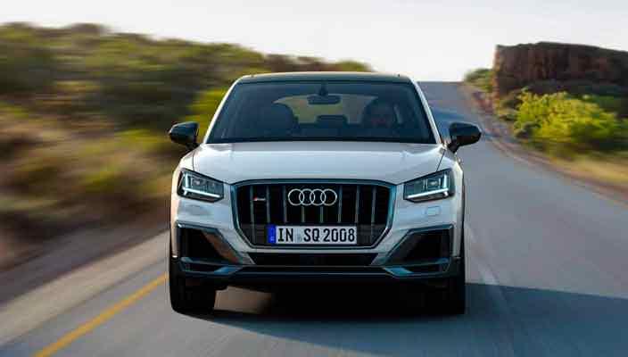 Audi SQ2 - маленький, но быстрый кроссовер официально | фото