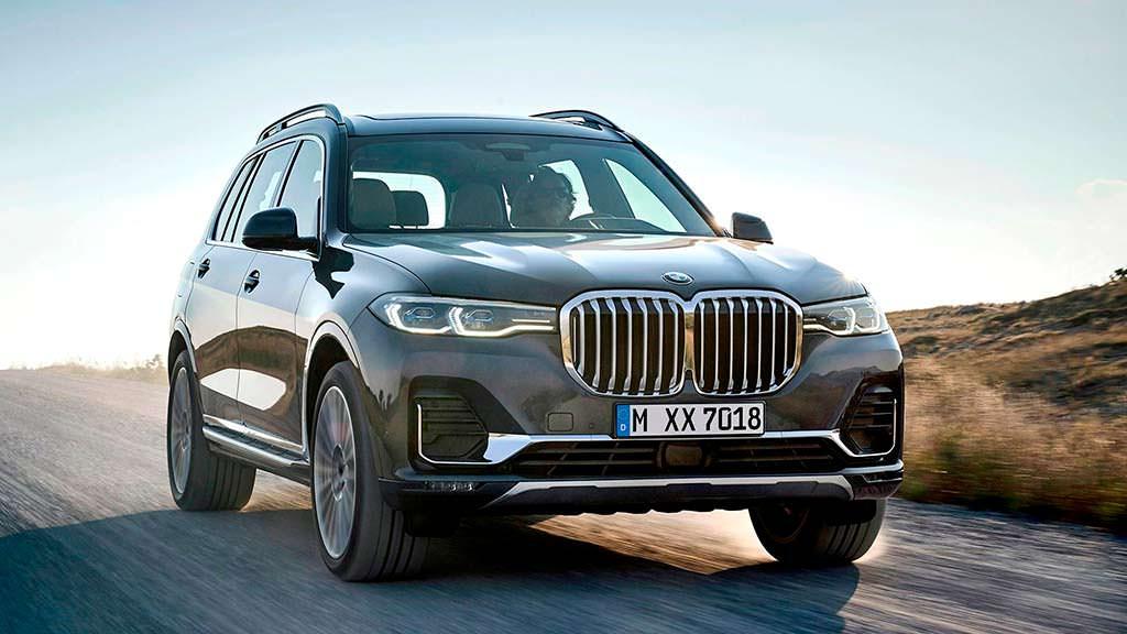 Серийный BMW X7 официально