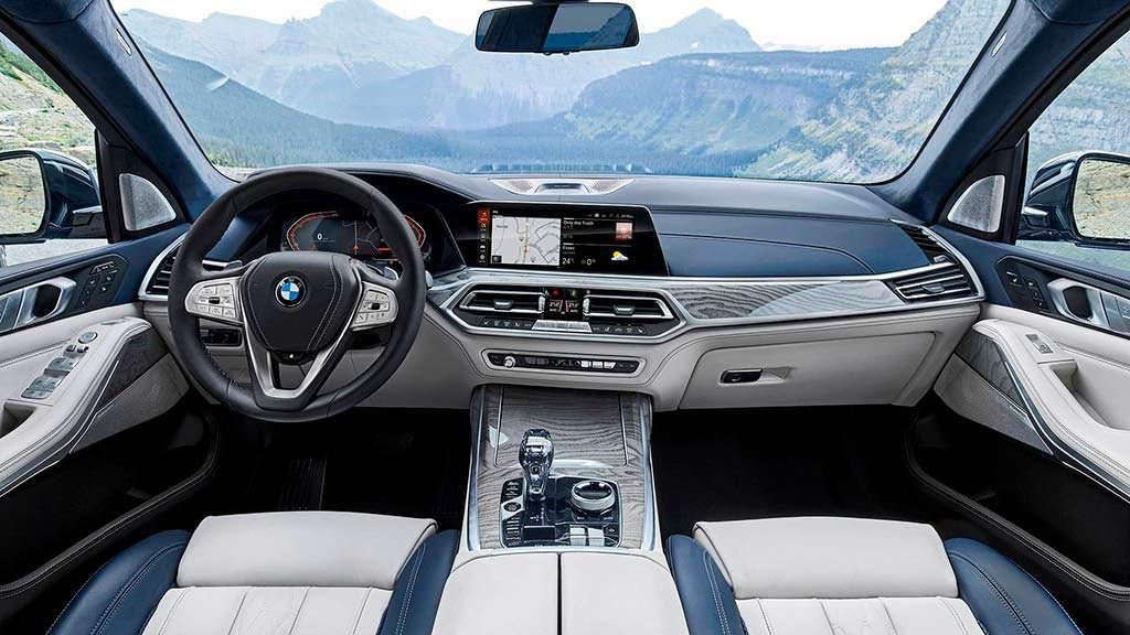 Фото салона BMW X7