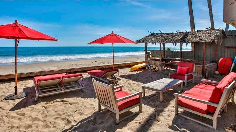 Дом с собственным пляжем на берегу Тихого океана