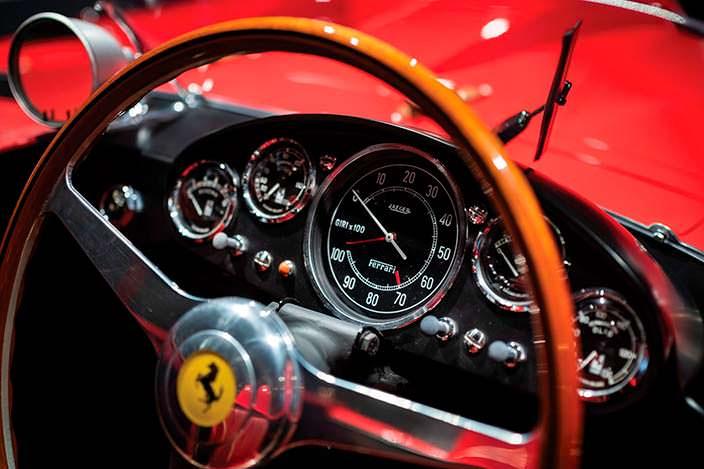 Приборная панель Ferrari 290 MM 1956 года выпуска