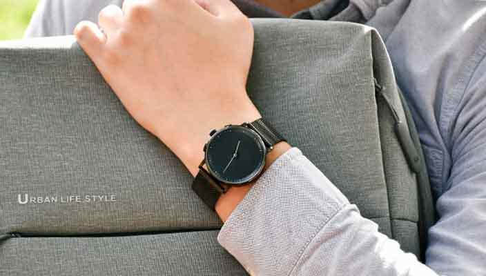 GLIGO - смарт-часы на электронных чернилах за $120