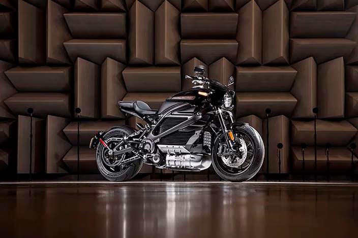Первый в истории электро-мотоцикл Harley-Davidson LiveWire