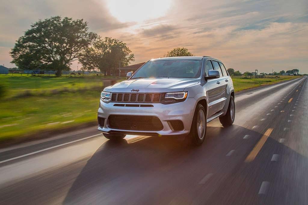 Jeep Grand Cherokee Trackhawk. Максимальная скорость 321 км/ч