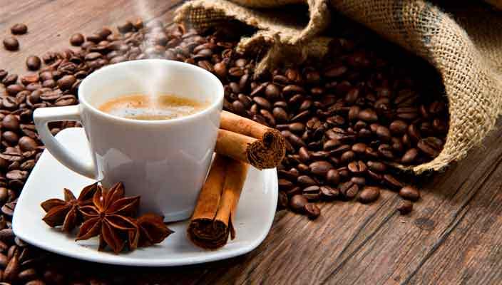 Кофе – чудесный, ароматный напиток, что позволяет за несколько минут расслабиться и взбодриться