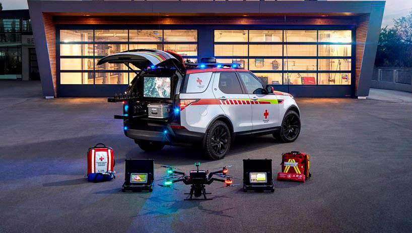 Спасательный внедорожник Land Rover Discovery Красного Креста
